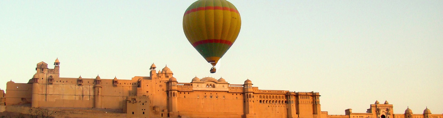 Hot air ballon ride over Amber Fort, Jaipur, India